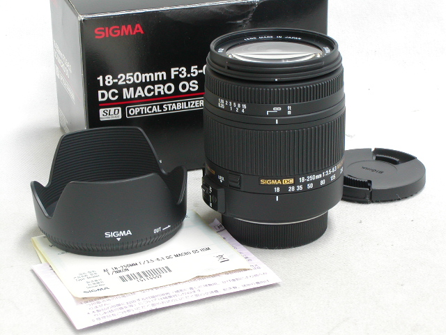 18-250 / 3.5-6.3 DC MACRO OS (ニコン・マウント)