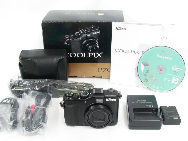 COOLPIX P7000 w/ケース