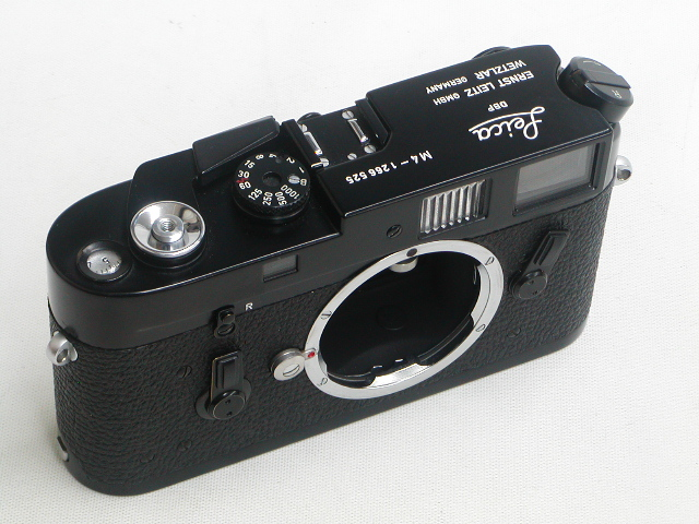【美品】 LEICA M4 (Black Paint) Body