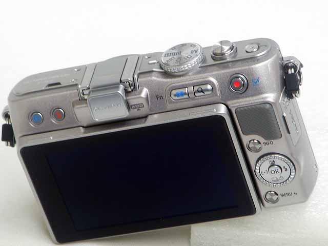 【美品】 E-PL3 (Silver) Body  w/予備バッテリー