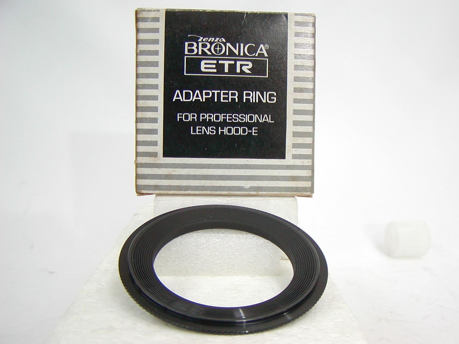 ZENZA BRONICA ETR 55MM ADAPTER RING FOR PROFESSIONAL LENS HOOD E ブロニカ